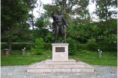 Karadjordjev-spomenik-Visevac